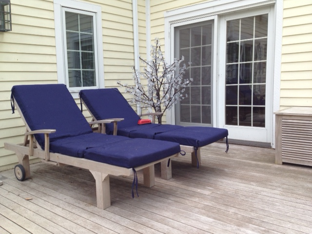 Chaise Loungers