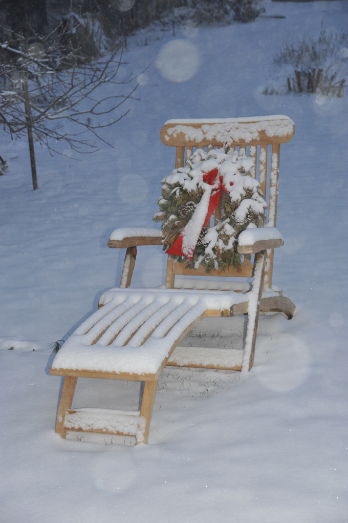 Goldenteak Teak Steamer Chair (38N) in the snow - no need to store away
