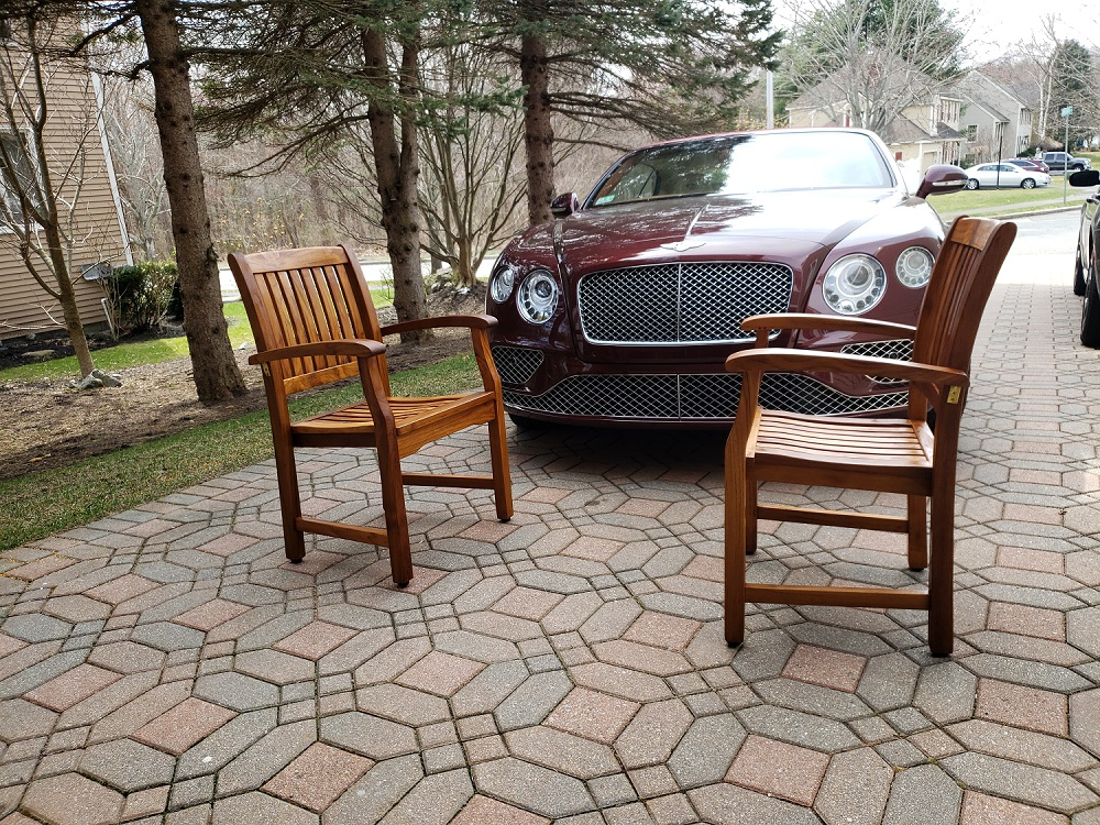 Bentley and Goldenteak
