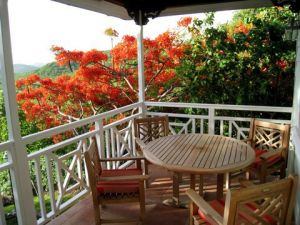Teak Patio Dining Set with round table - St Lucia - customer photo