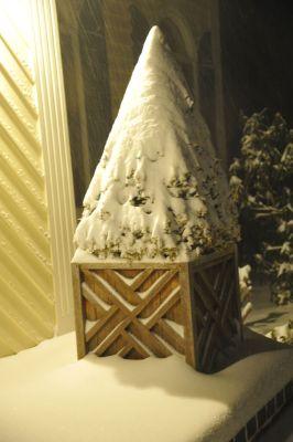Teak Planter Box Chippendale in snow - customer photo