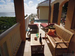 Teak Tisbury Bench and Teak Coffee table with shelf Virgin Islands - Customer Photo